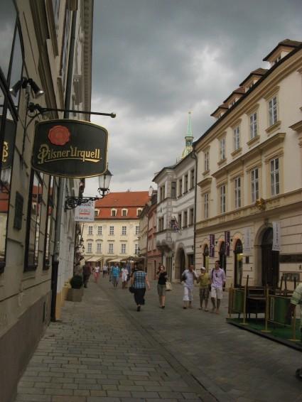 Por el casco antiguo de Bratislava (antes de la tormenta)