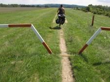 """El paso de bicis """"antibicis"""""""