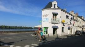 Típico bar de pueblo francés