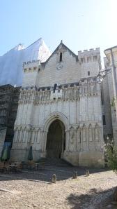 Pórtico de una iglesia del camino
