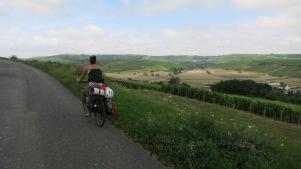 Subiendo las cuestas de Sancerre junto a sus viñedos