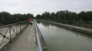 Puente canal antes de llegar a Nevers