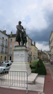 Estatua al inventor de la fotografía