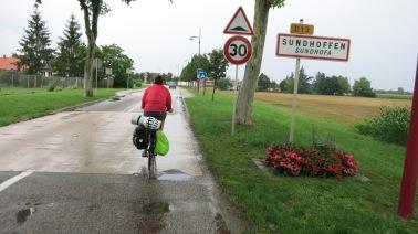 Pedaleando por alguna carretera de Alsacia