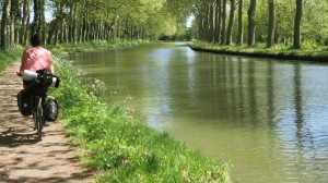 Empezando el nuevo tramo del canal.