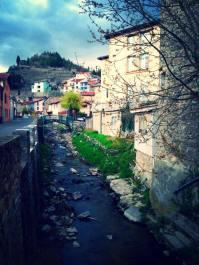 Vista del pueblo de Condrieu