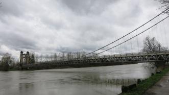 Puente sobre el Ródano