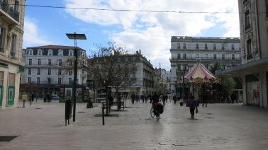 Calle con Tiovivo en Valence