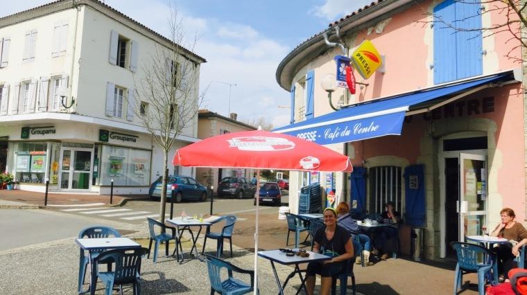 El momento más importante del día, la comida (en Pouillon)