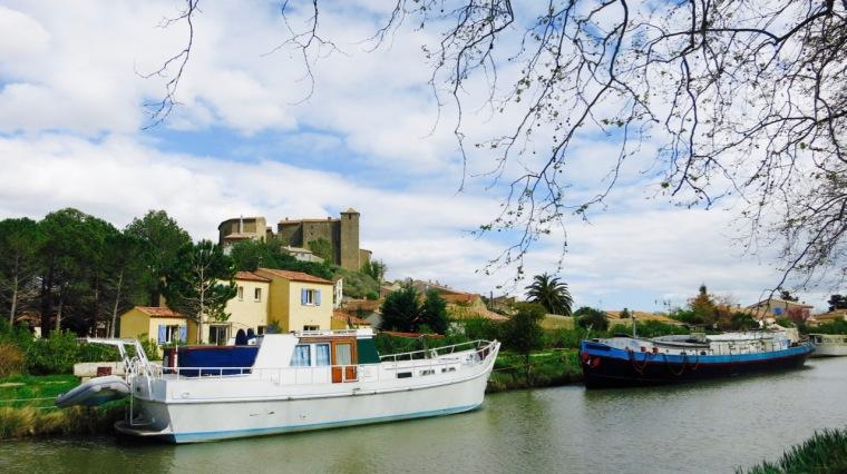 Uno de los pueblos con puerto en el Canal