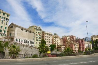 Vista de Génova en la salida hacia La Spezia