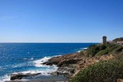 Paisaje de la costa pasado Livorno