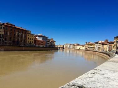 El Arno en Pisa