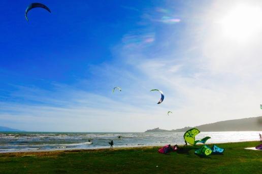 Kite Surf con Talamane al fondo