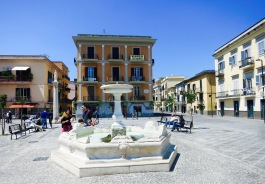 Plaza en Pozzuoli