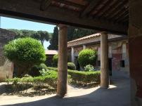 Patio de casa de Pompeya