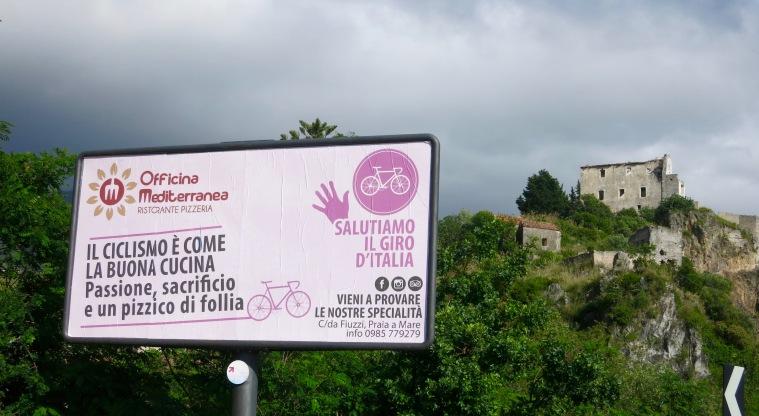 Cartel de bienvenida al Giro 2016