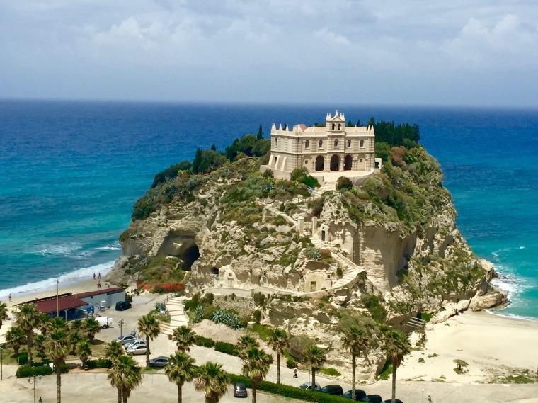 Santa María de la Isla, Tropea