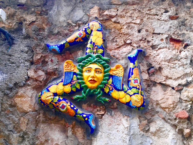 Triscele, símbolo de Sicilia