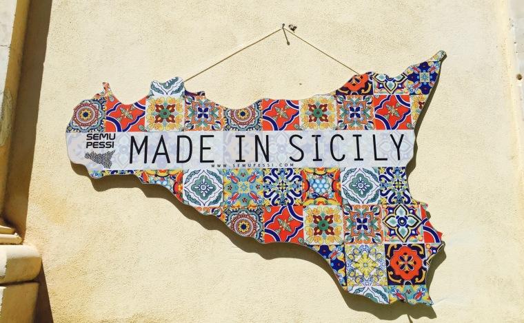 Adorno siciliano