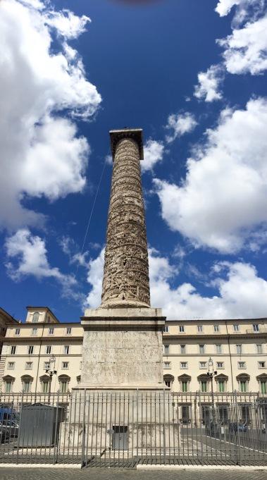 Columna de M. Aurelio (Piazza Colona)