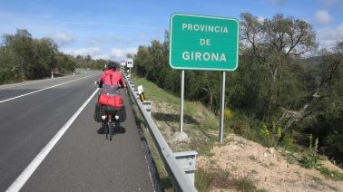 Entrando en la provincia de Girona por la carretera nacional