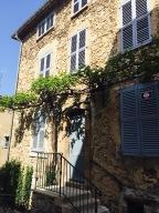 Una casa del centro del pueblo