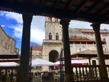 Ya casi dejando de llover en Trogir