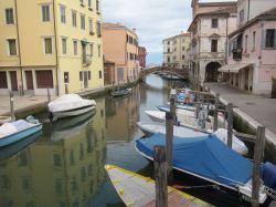 El canal central de Chioggia