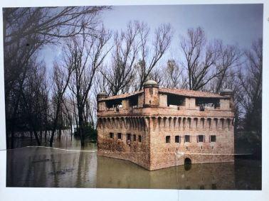 Imagen de la torre inundada