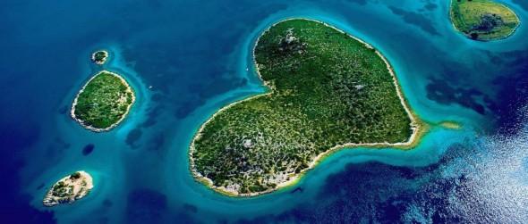 isla del amor.jpg