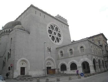 Sinagoga de Trieste (wikipedia)
