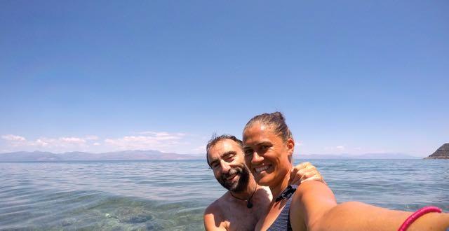 Nuestro primer baño en Grecia